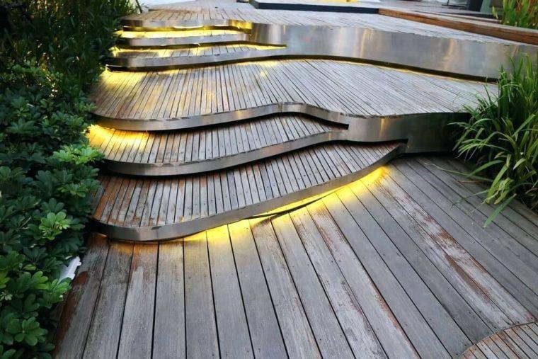 ideas-iluminar-jardin-opciones-originales