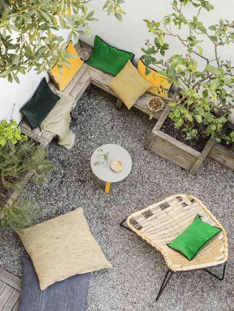ideas-jardines-pequeno-muebles-madera