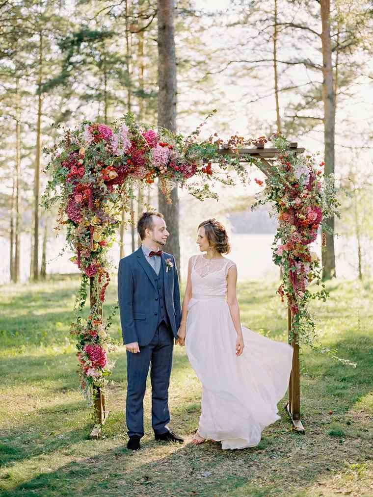 ideas-para-bodas-primavera-decoracion-altar