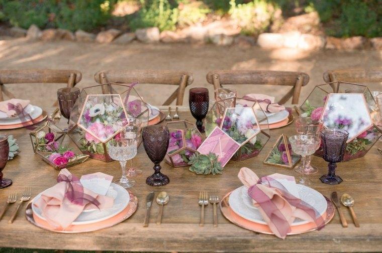 ideas-para-bodas-primavera-terarium-mesa-decoracion