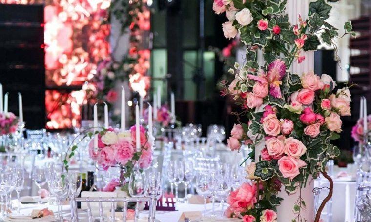 ideas-para-bodas-rosas-opciones-originales