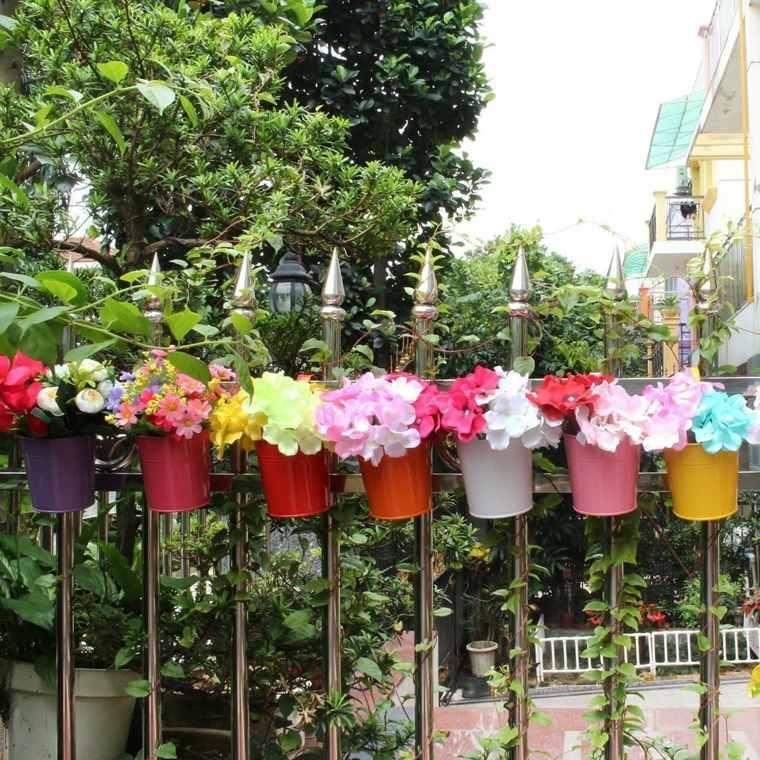 ideas para jardines-decorar-valla