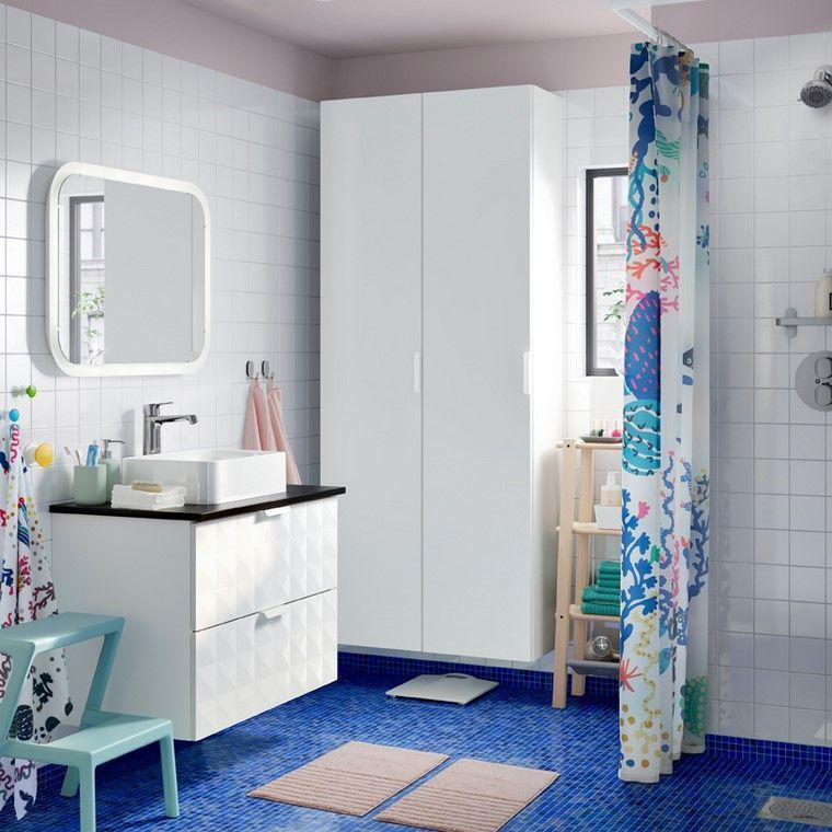 ikea-bano-azul-blanco-diseno-moderno