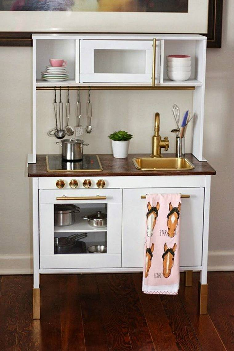 Ikea Conoce Estos Estupendos Trucos Para Las Habitaciones  # Muebles Juguetes Ikea