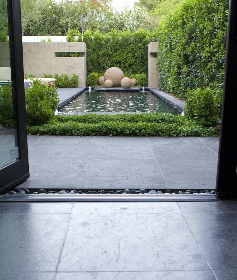 minimalist-garden-with-pool