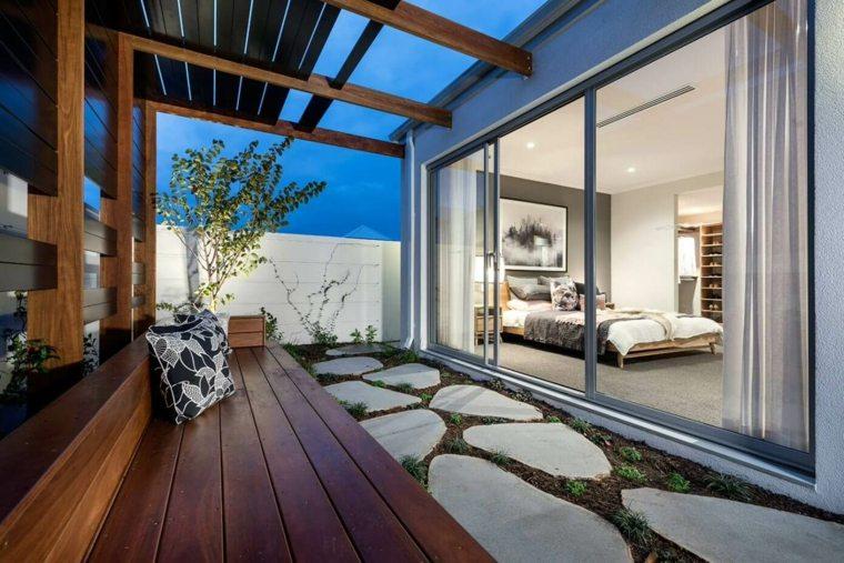 jardin-pequeno-dormitorio-banco-pergola