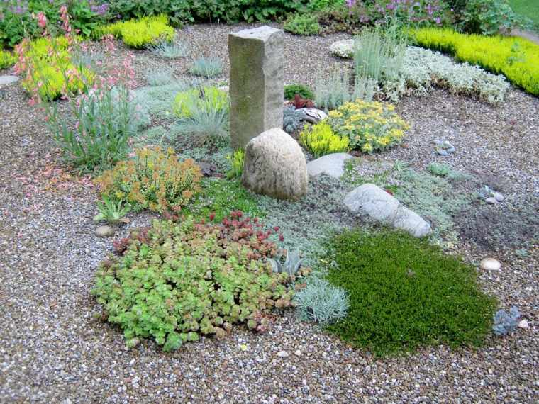 decorate gardens with gravel