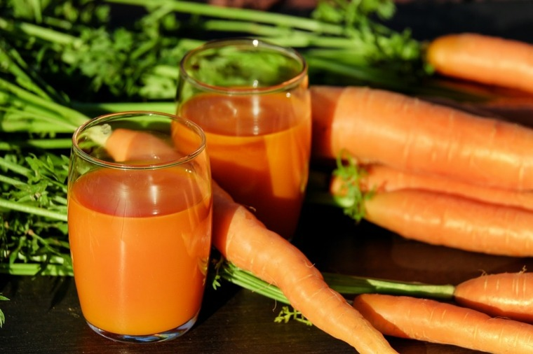 jugo de zanahoria-beneficios