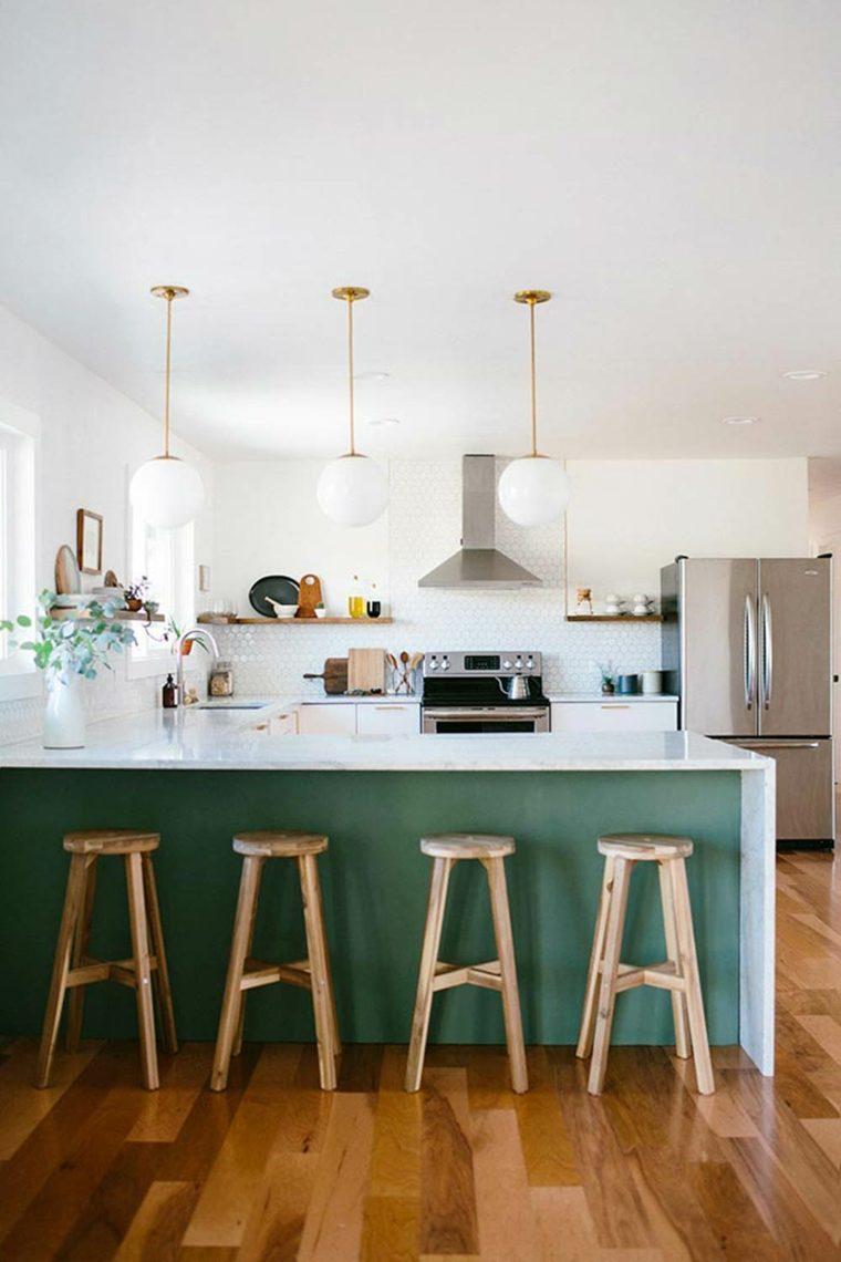 la luz solar en-cocina-verde
