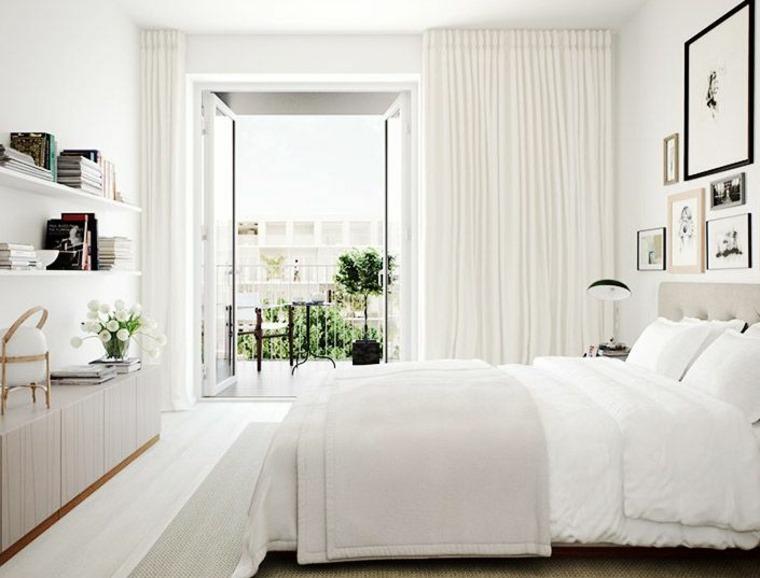 la luz solar habitación-blanca