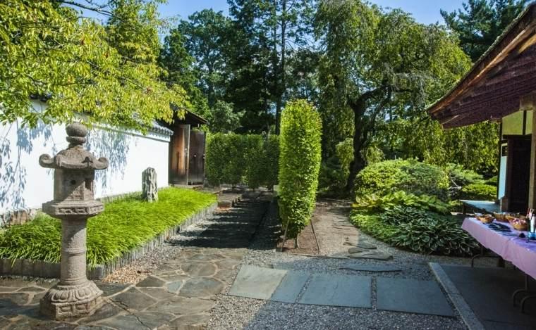 lugar-descanso-tranquilidad-jardin