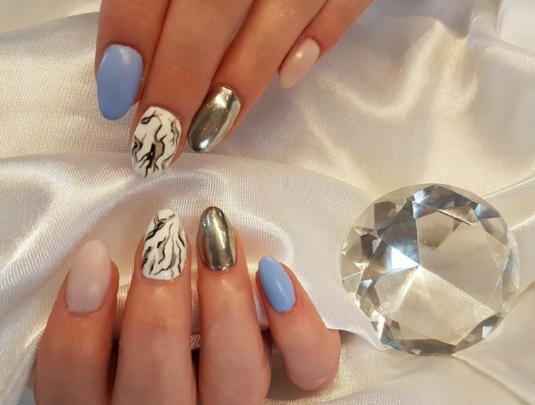 manicura-artistica-moderna
