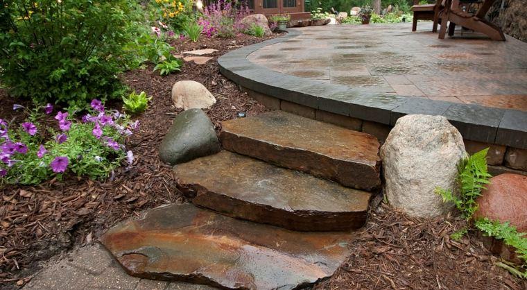modelos de escaleras-piedra-jardnies