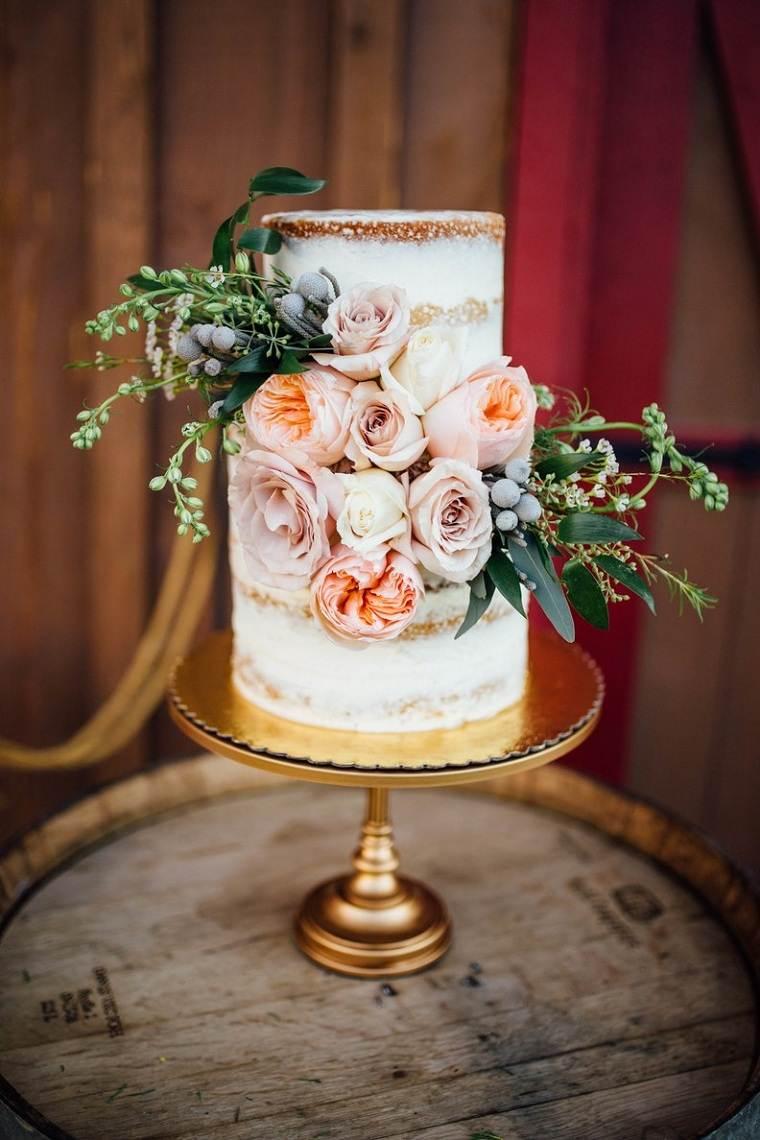 pastel-pequeno-originalmente-decorado