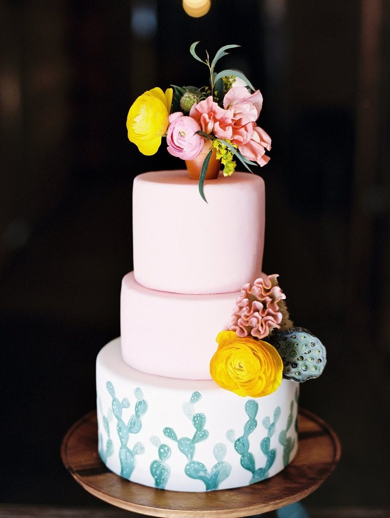 pasteles-de-boda-estilo-decoracion-floral