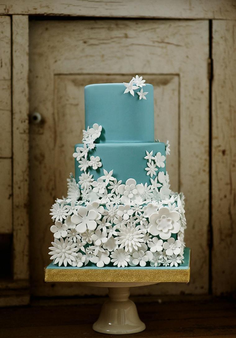 pasteles-de-boda-opciones-decorados-flores-blancas
