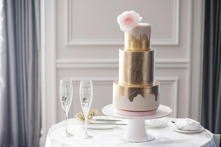 pasteles-de-boda-opciones-dorados-flor