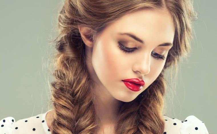 Peinados Medio Recogidos Y Recogidos De Lado Para Toda Ocasion