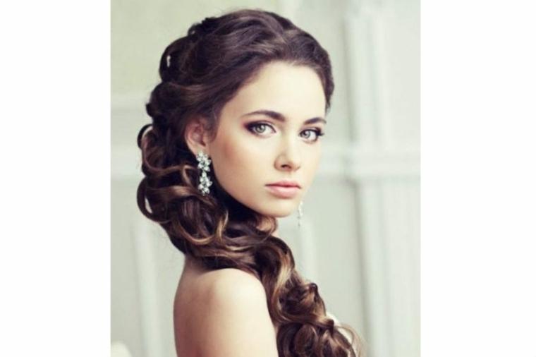 peinados medio recogidos-mujeres-boda