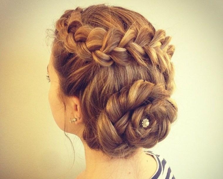 peinados semirecogidos-mujeres-bodas