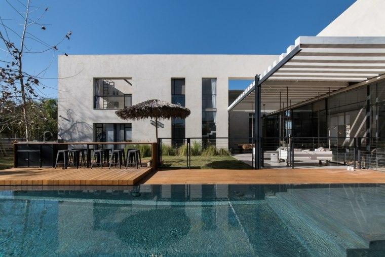 piscina-pergola-jardin-diseno-moderno