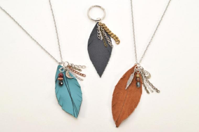 Collares de plumas de imitación de cuero