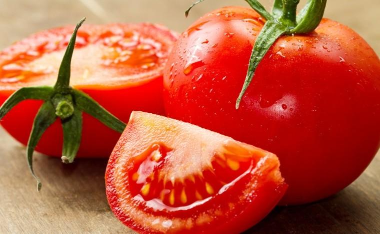propiedades del tomate-cultivo-casero