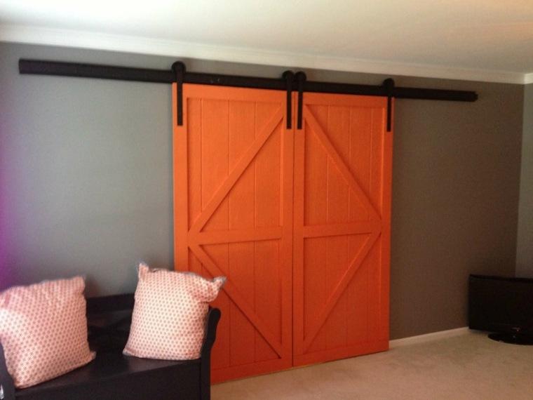 puerta-corrediza-roja