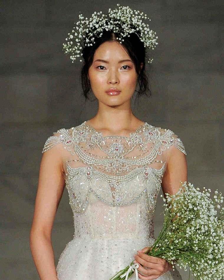 reem-acra-vestido-perlas-belleza