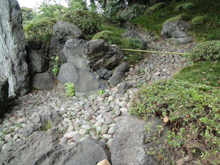 originales ideas para hacer un río seco