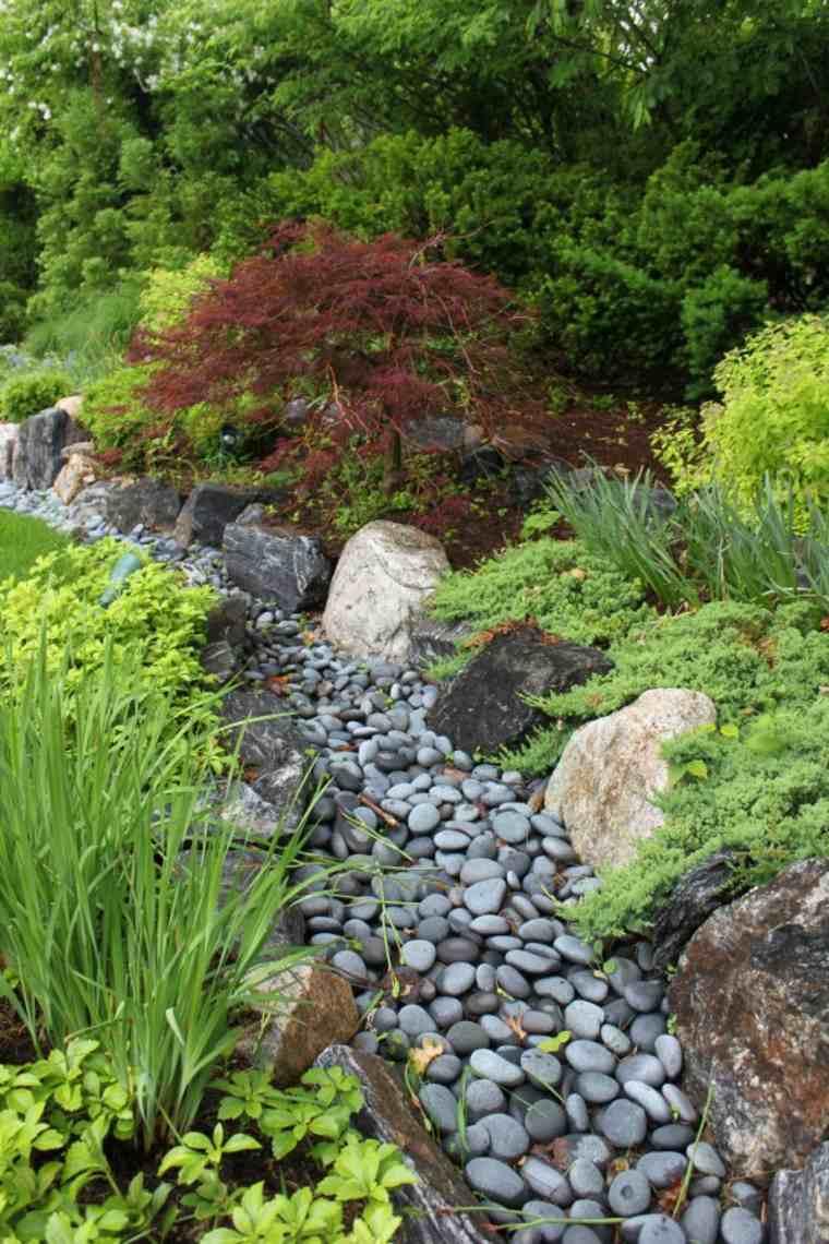 consejos para hacer un río de piedras