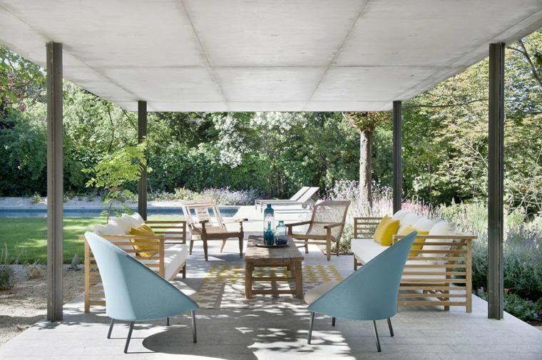 sala-estar-aire-libre-pergola-muebles-modernos