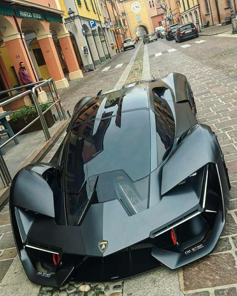 diseño exterior del automóvil Terzo Millennio