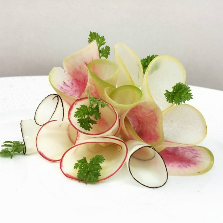 Bouquet of spring radish