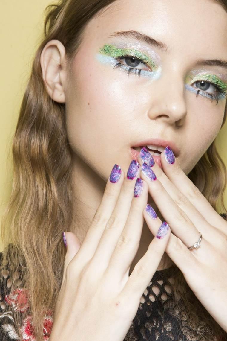 uñas decoradas 2018-colores-purpura