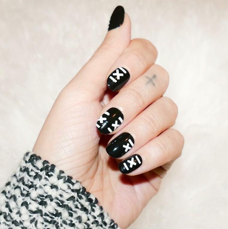 unas-decoradas-negro-estilo-moderno