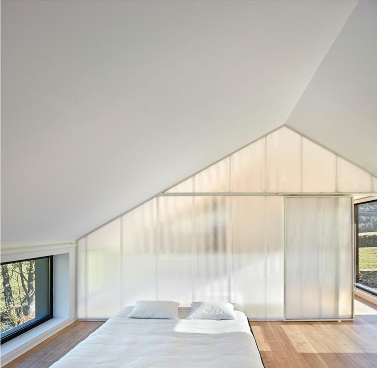 habitación de Casa Montaña de Baragaño Architects