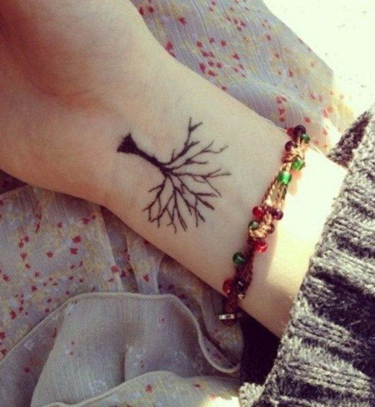 diseño de tatuaje de árbol