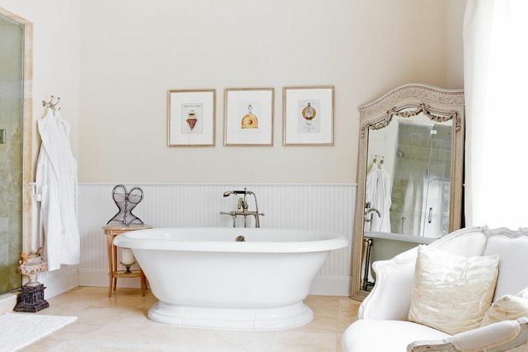 bañera-y-espejo-vintage