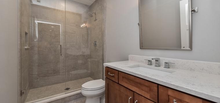 baños modernos estilo-neutral