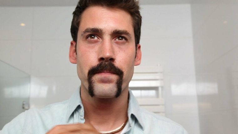 barbas de moda-bigote-herradura-hombres
