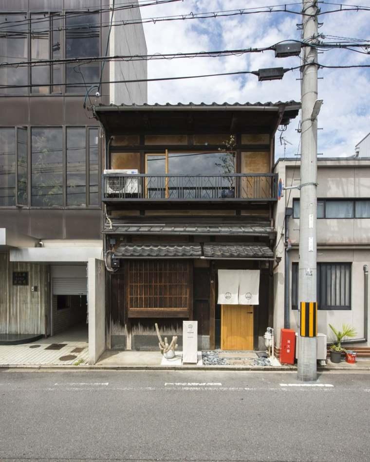 casa-restaurada-en-Japón