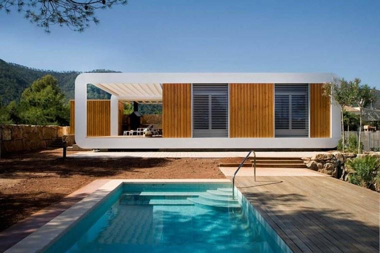 Casa prefabricada contemporánea en Castellón de la Plana, España, un proyecto de NOEM