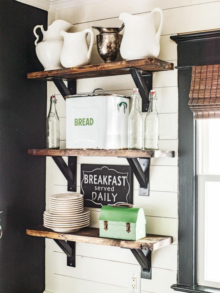 cocina-campestre-estantes-madera