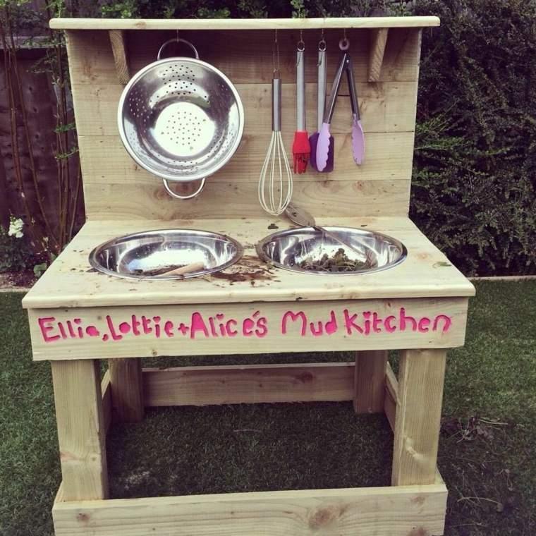 cocina-infantil-de-madera