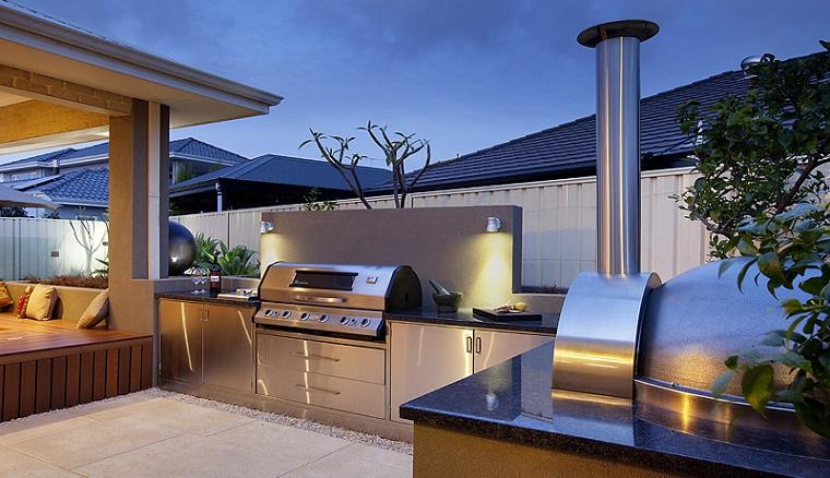 Diseño de cocinas modernas al aire libre perfectas para tu jardín -
