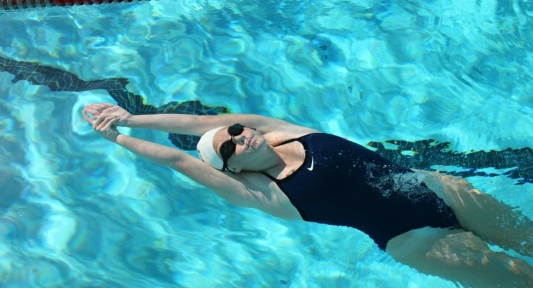 consejos para adelgazar-deportes-natacion