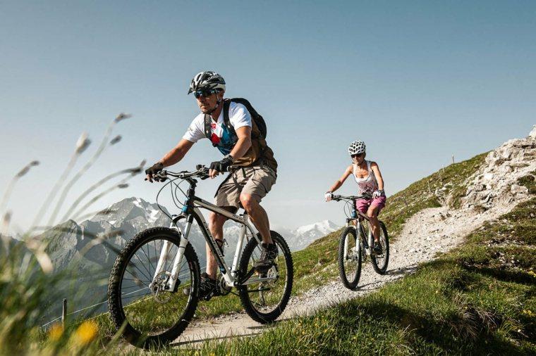 consejos para adelgazar-montando-bicicleta
