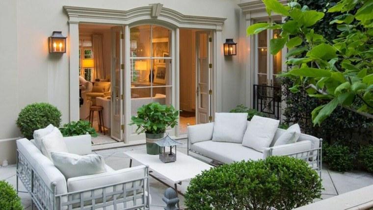 decoracion-de-exteriores-jardin-muebles-blancos-opciones