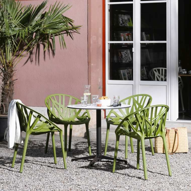 decoracion-de-exteriores-jardin-muebles-color-verde